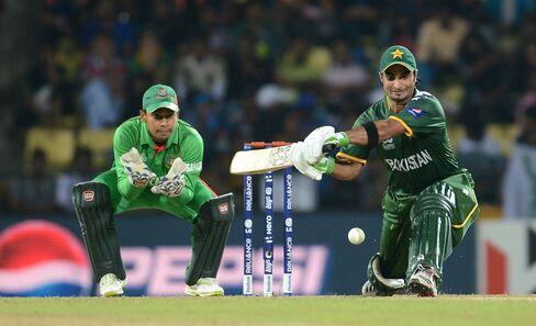 Pakistan Completes Super Eight Lineup at World Twenty20 Cricket