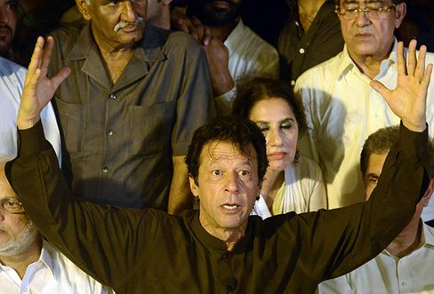 Pakistan Opposition Leader Imran Khan