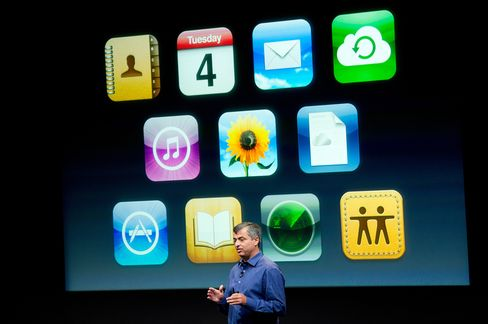 Apple's Eddie Cue Is Key to Defense of E-Book Price-Fixing Case