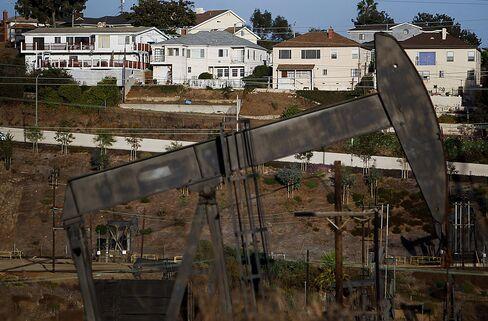 California Fracking Pits Environment Against $25 Billion Taxes