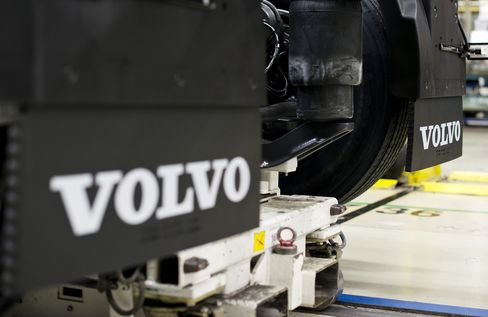 Volvo Said to Explore Sale of North American Rental Business