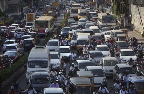 India Plans $5.3 Billion of Highways as Jams Sap Growth