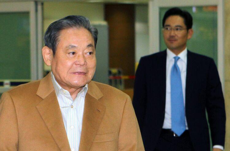 Lee Jae Yong Net Worth Left And Lee Jae Yong