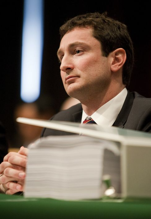 Goldman's Tourre Seeks Dismissal of SEC's CDO Suit