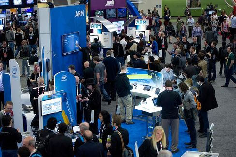 ARM Holdings Shares Drop as Samsung Picks Intel Chip for Tablet