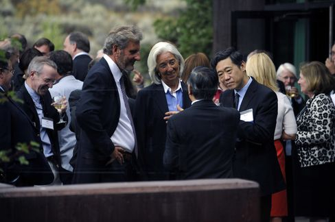 Lagarde Calls for More Global Coordination as QE Exit Plans Loom