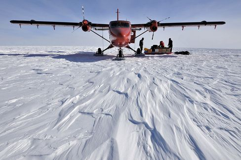 Antarctica Scientists to Probe for Life Under Two Miles of Ice