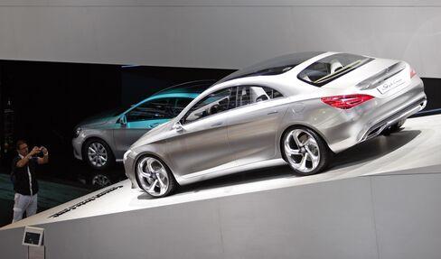 Sandy to Cost Luxury-Car Dealers Needing Northeast U.S. Sales