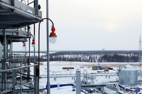 Russia Set to Boost Helium Production, U.S. Sells Stockpile