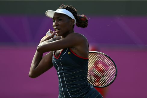 Venus Williams Loses, Sister Serena Cruises in Olympic Singles