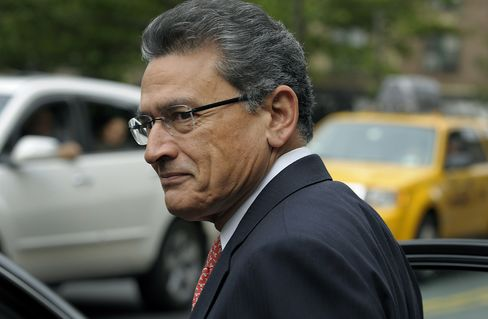 Rajat Gupta to Learn Today Whether He Goes to Prison