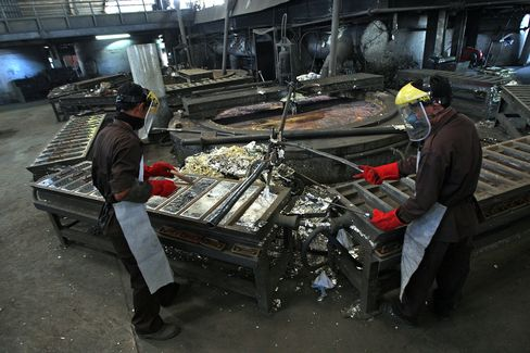 Tin Exports From Indonesia May Drop 26% This Month