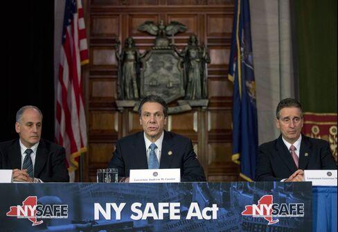 Cuomo Sends Measure Tightening New York Gun Laws to Legislators