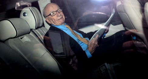 News Corp. Under Fire Finds Defense in Wall Street Journal