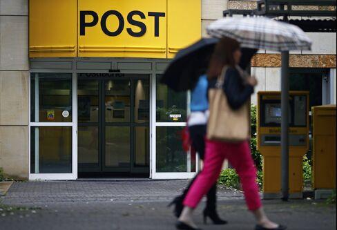 Deutsche Post Automates Delivery Sites as Parcels Top 1 Billion