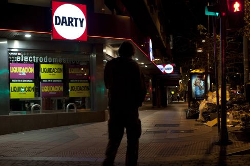 Darty Full-Year Profit Slumps 66% on Discounts, Turkey Loss