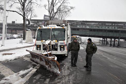 Storm May Bring New York Snow Tomorrow as Weekend Threat Looms