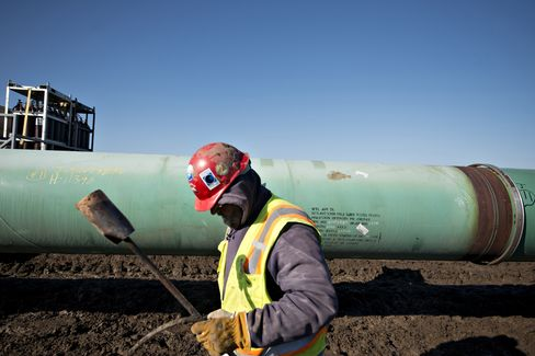 Keystone Gains as Study Shows Oil Sands Pose No Added Spill Risk