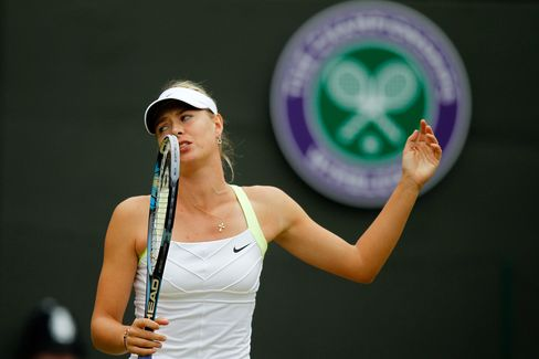 Top Seed Maria Sharapova Upset at Wimbledon by Lisicki