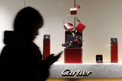 Richemont Revenue Misses Analyst Estimates on Asian Slowdown