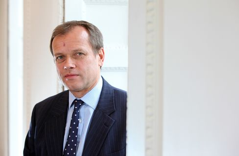 ARM Holdings Plc Chief Financial Officer Tim Score
