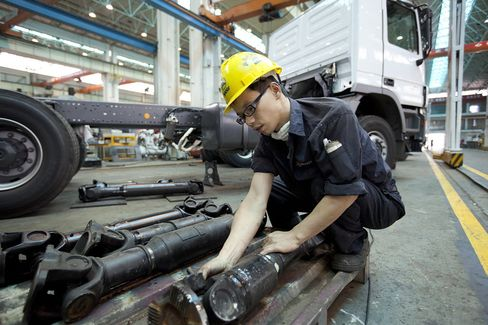 Chinese Company Profit Growth Slows in First 11 Months