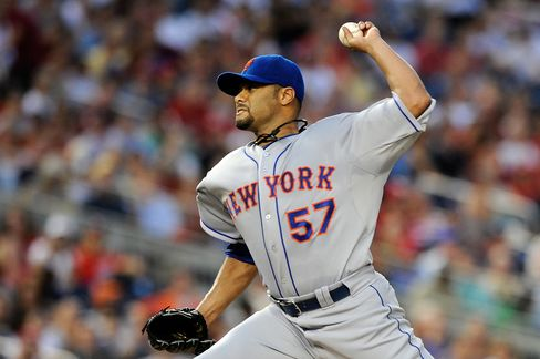 Johan Santana Has Tear in Shoulder, Mets Say Surgery Possible
