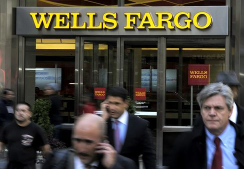 Wells Fargo Beating Peers to Oil-Boom Deposits, Bernstein Says