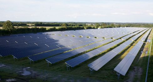 Abound Failure Raises Questions Anew About Obama Solar Policies