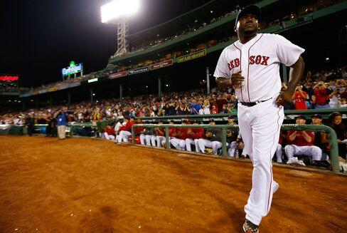 Boston Red Sox Re-Sign All-Star Designated Hitter David Ortiz