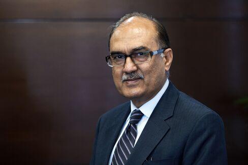 Fauji CEO Naeem Khalid Lodhi