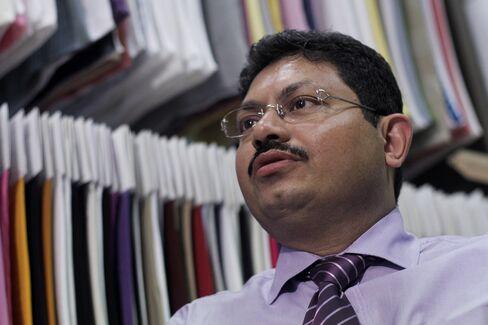 Sunil Khandelwal, CFO of Alok Industries Ltd.