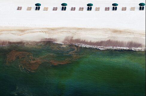 Oil Washes Ashore in Orange Beach in 2010