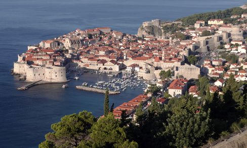 Red Tape Makes Investors Wait Seven Years in Dubrovnik