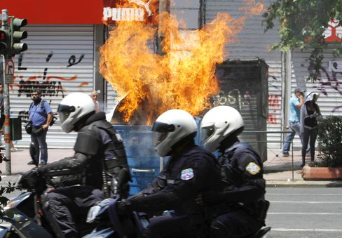 Greece Crime Wave Spells Boom for Security Firms