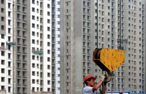 Chanos Says China Property Is Slowing, Still Shorting Banks