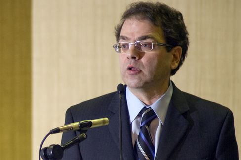 Kocherlakota Says Low Fed Rate Should Be Linked to Unemployment