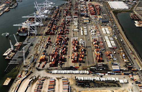 Car Parts to Clothing Cargo at Risk as U.S. Ports Strike Looms