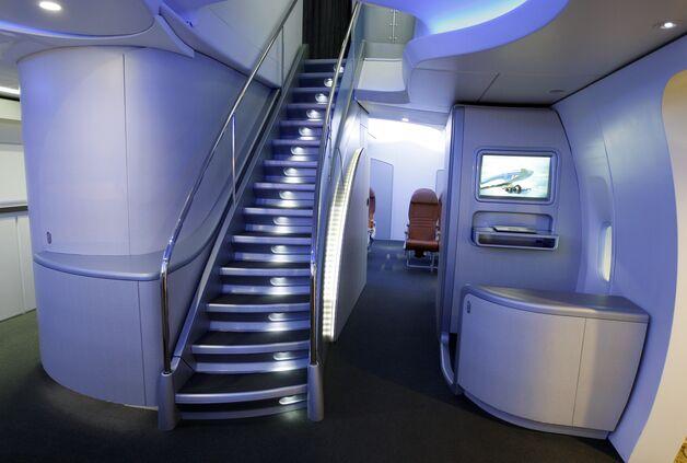 Boeing 747 Jet Engine Boeing 747-8 Passenger Jet