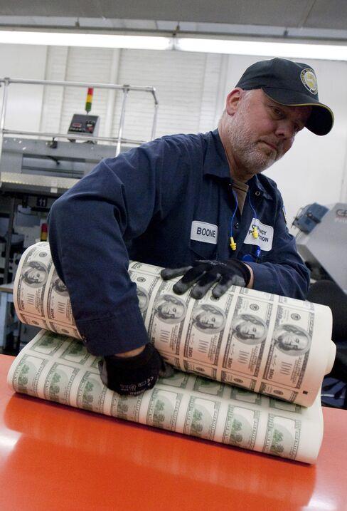 Dollar Proves Best Bet as Investors Shun Stocks for Safety