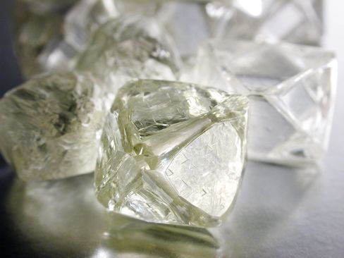 Anglo to Buy Oppenheimers' De Beers Stake for $5.1 Billion