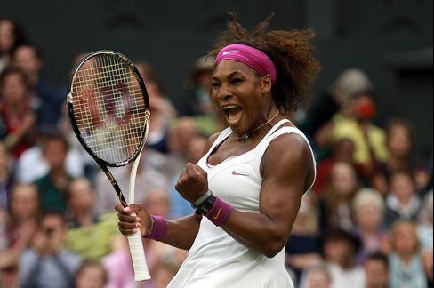 Williams Finds Her Game Against Wimbledon Defending Champion