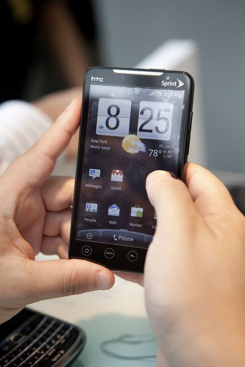 Android Tops IPhone, BlackBerry Among New Buyers