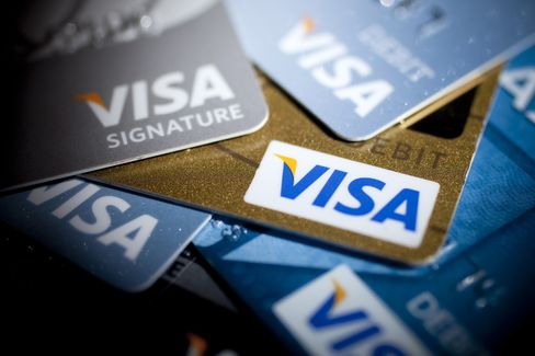 Visa Hits Record High as Nomura Sees Western Union 'Value Trap'