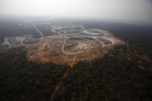 Mining Firms Face New Scrutiny From Regulators Amid Deal Probes