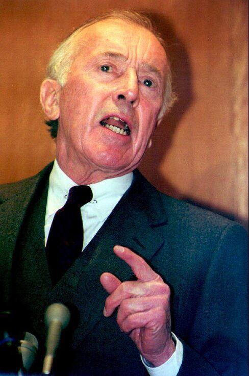 Lawrence Walsh, Tireless Prosecutor of Iran-Contra, Dies at 102