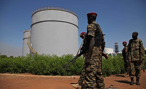South Sudan May Take Until 2014 to Reach Pre-Shutdown Oil Output