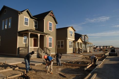 Denver Stems Exodus to Suburbs With Urban Family Development