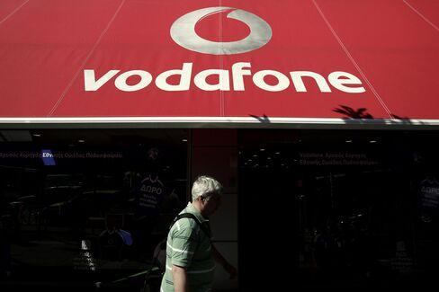 Vodafone's Colao Seeks Media Partners to Tackle Europe Slowdown