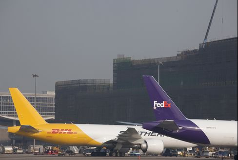 Airfreight Rebounds as Cargoes Signal Global Recovery